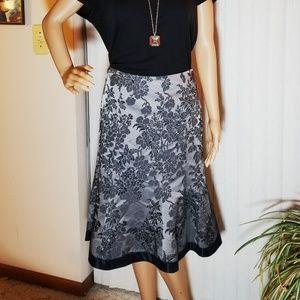 Ann Taylor Grey Floral Skirt Size 6
